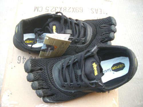 FiveFingers-110404-wholesale price