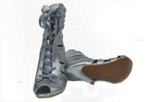 football-shoes-1809035