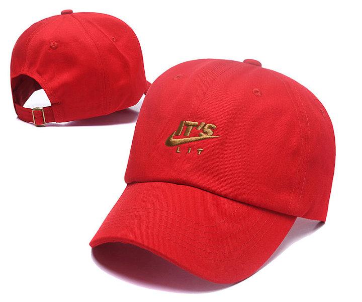 nike-hat-1809011